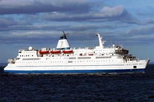 Doulos-Logos-Hope-at-Sea